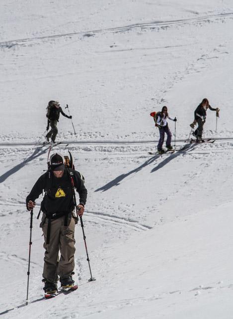 Splits et skis dans les mêmes traces