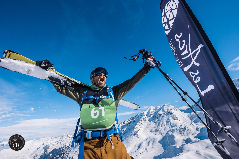 Adrien Coirier au sommet de l'Aiguille.