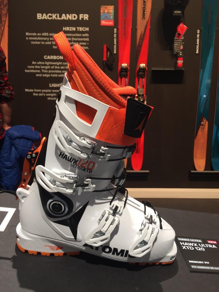 La nouvelle chaussure freerando d'Atomic, la Hawx 120 ultra XTD. 1420g et de vraies capacités d'alpine à la descente