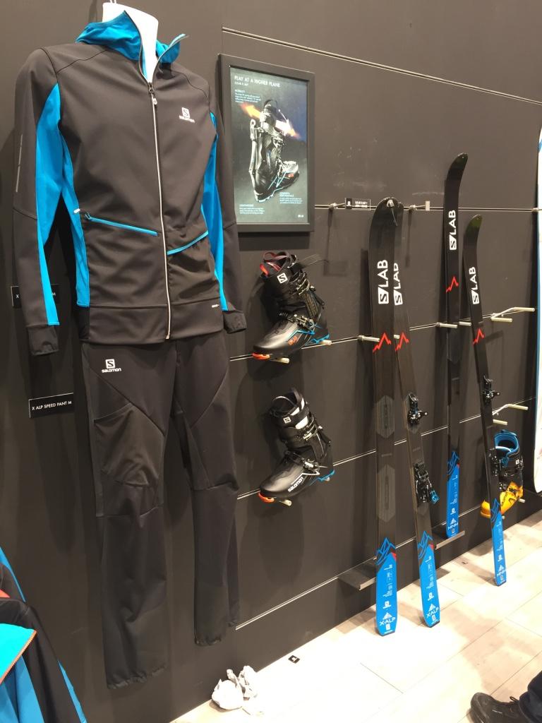 """La collaboration avec ses skieurs-alpinistes (compétiteurs et skieurs de pente raide) a permis à Salomon de sortir une gamme de produits """"fast and light"""", mais orientés skiabilité avant tout"""