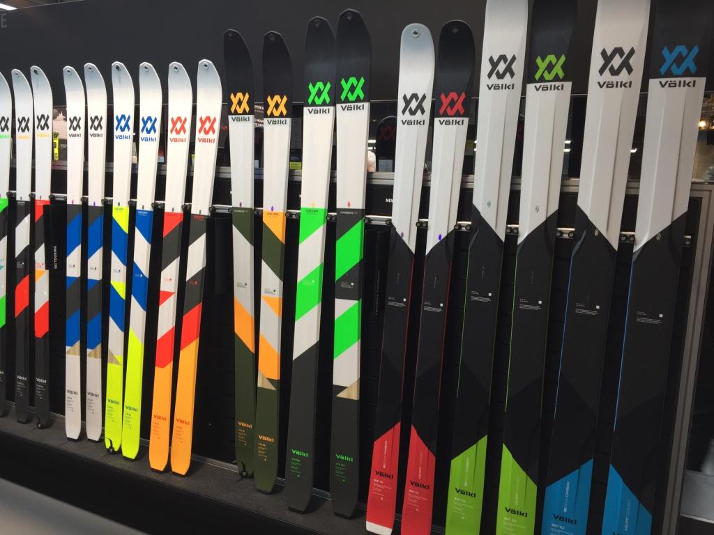 Notre coup de coeur des tests 2017, le VTA 88, a fait des petits... et des grands. Les skis de rando Völkl ne passeront pas inaperçus l'hiver prochain