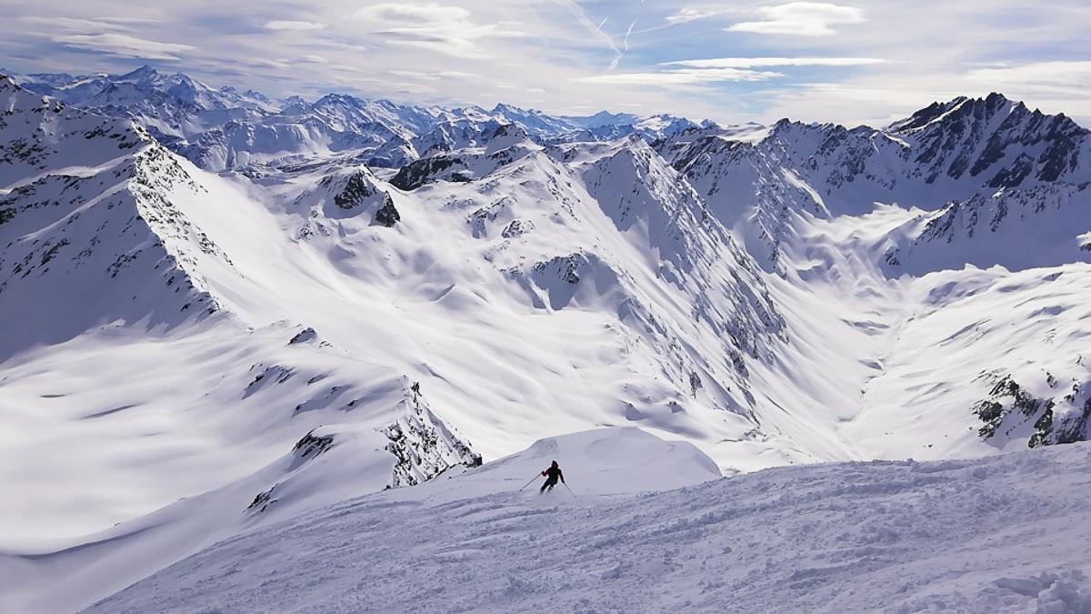 Montagne ski randonnée neige descente Suisse Valais Les Monts Telliers