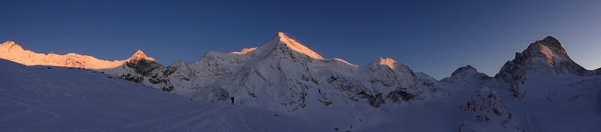 Montagne ski randonnée neige coucher de soleil Suisse Valais