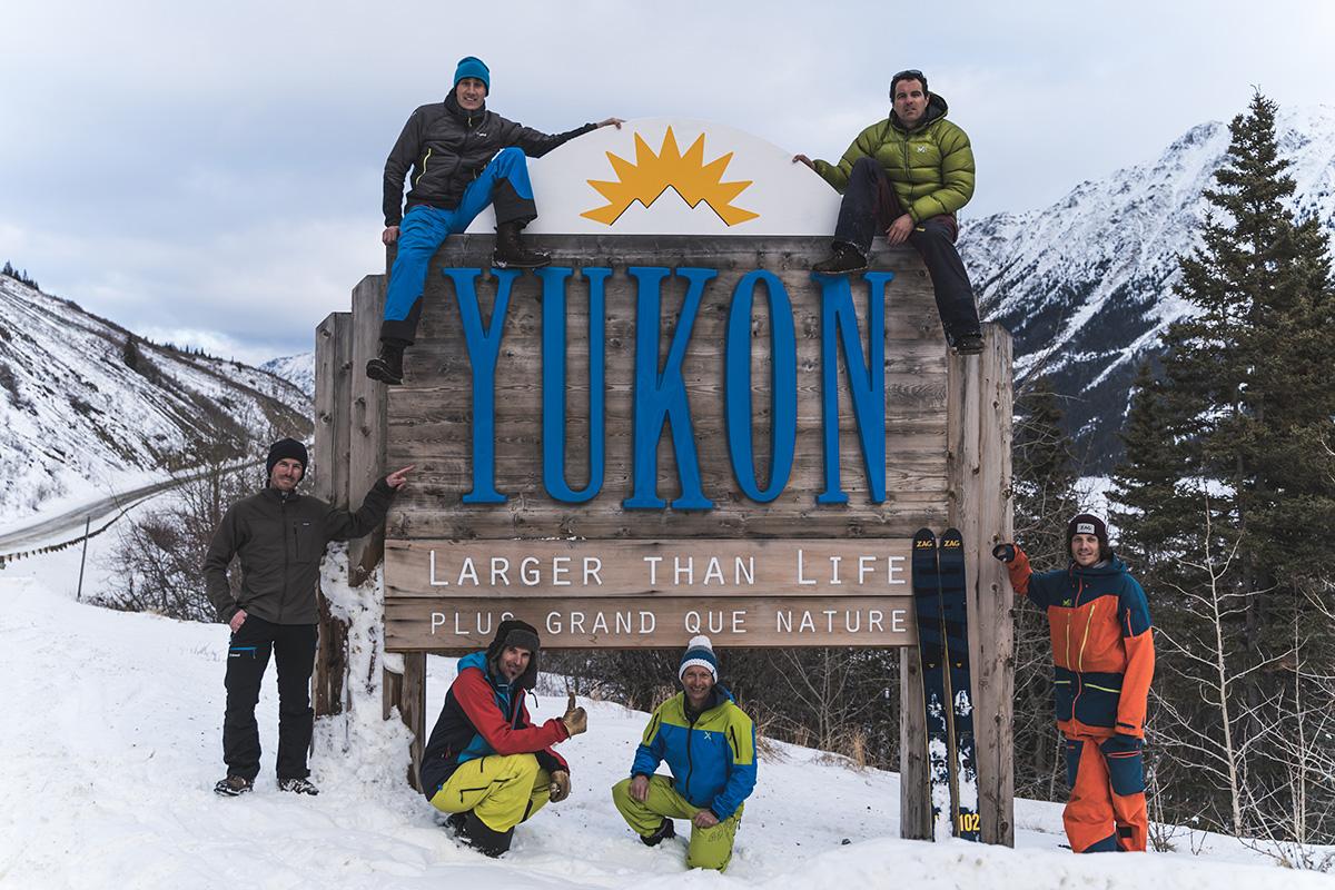 Yukon Canada ski randonnée panneau plus grand que nature