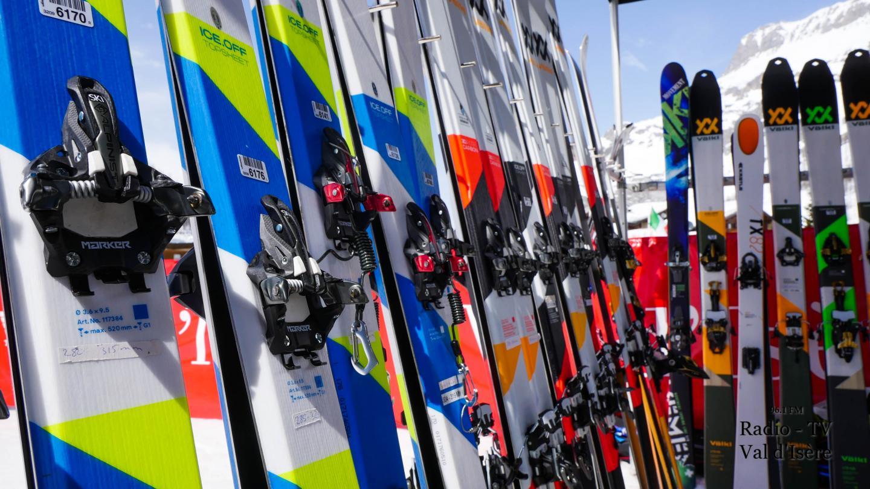 Val d'Isère rendez-vous ski de randonnée initiation matériel skis