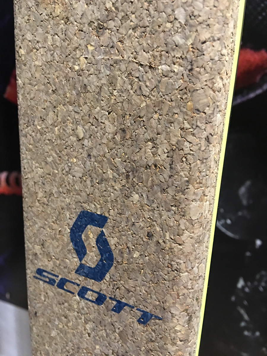 Détail de la partie en liège, sous le pied, sur le SpeedGuide.