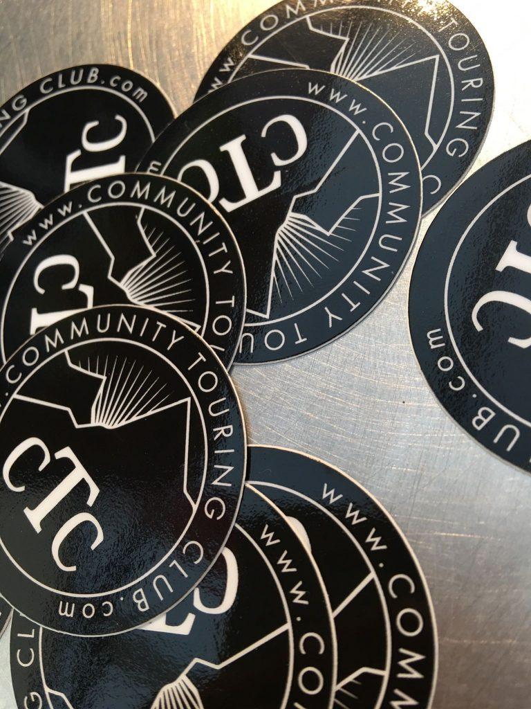 Et qui dit événement et goodies, dit stickers...