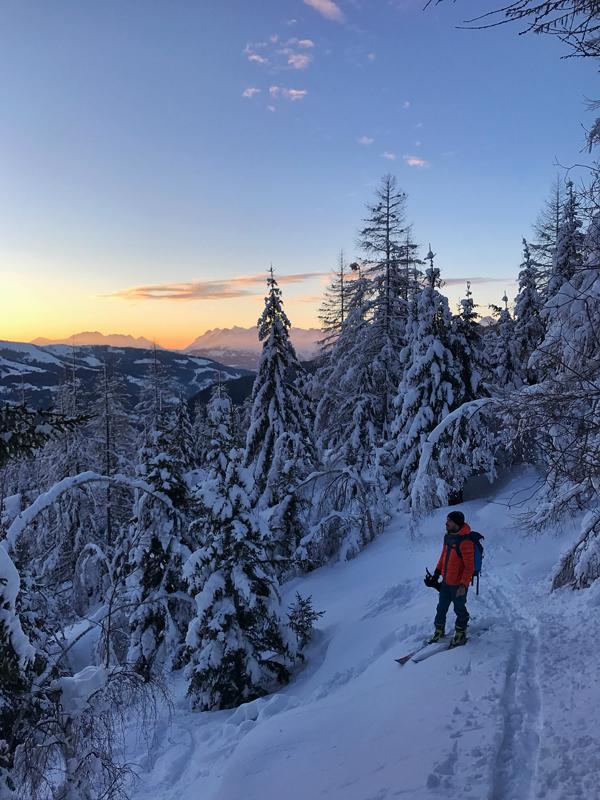 Mathéo Jacquemoud ski de rando couché de soleil