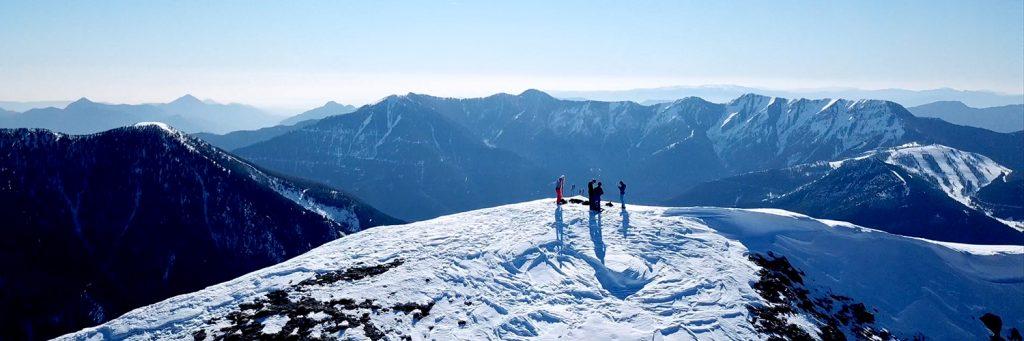 ski randonnée sommet drone vue paysage montagnes