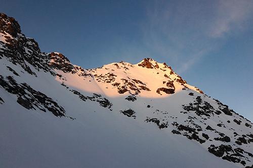 Montagne ski randonnée neige alpenglow Rosablanche Suisse Valais
