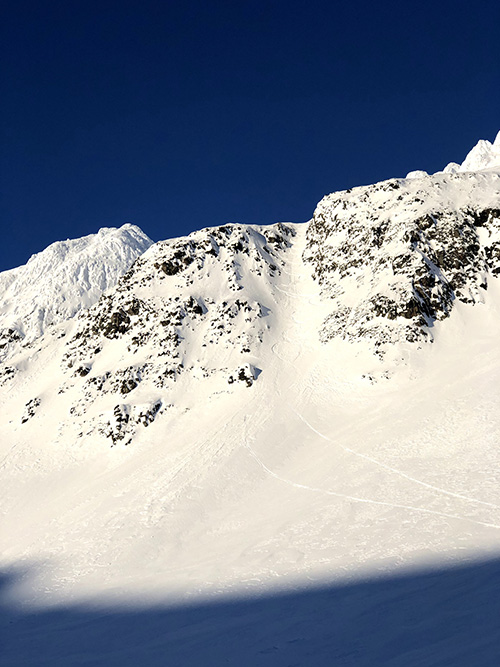 Yukon Canada ski randonnée couloir